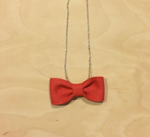 FMAM The Bow Necklace